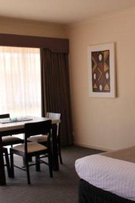 Best Western Werribee Park Motor Inn Logo and Images