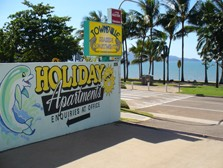 Townsville Seaside Holiday Apartments Logo and Images