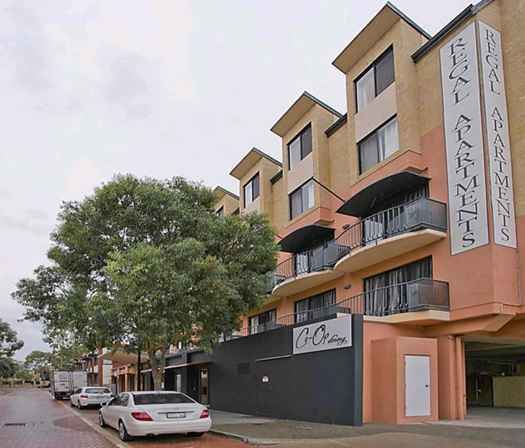 Great Regal Apartments Is Located In The Heart Of The Prestigious, East Perth  Precinct. This Central Location Is Within Close Proximity Of The Perth CBD.