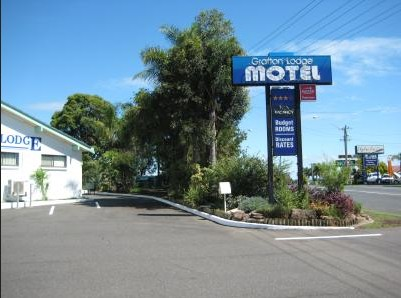 Grafton Lodge Motel Logo and Images