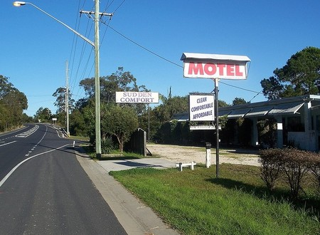 Sudden Comfort Motel Logo and Images