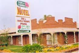 Top Of The Town Motel Logo and Images