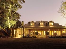 Spicers Clovelly Estate Logo and Images