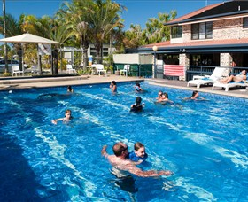 Noosa Caravan Park Logo and Images