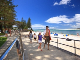 Caloundra Waterfront Holiday Park Logo and Images