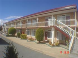 Wallaby Motel Logo and Images