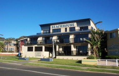 Beachhouse Mollymook Logo and Images
