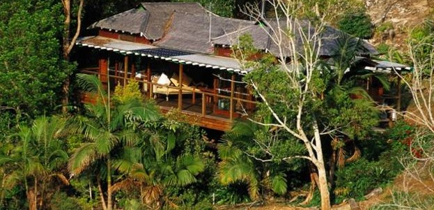 Mt Warning Rainforest Retreat  Logo and Images