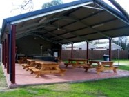 Deniliquin Riverside Caravan Park Logo and Images