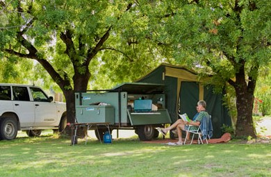 Barraba Caravan Park Logo and Images