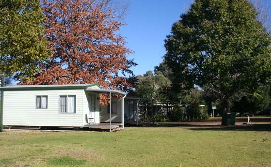 Bingara Riverside Caravan Park Logo and Images