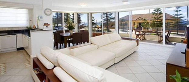 Absolute Beachfront Manly Bed and Breakfast Logo and Images