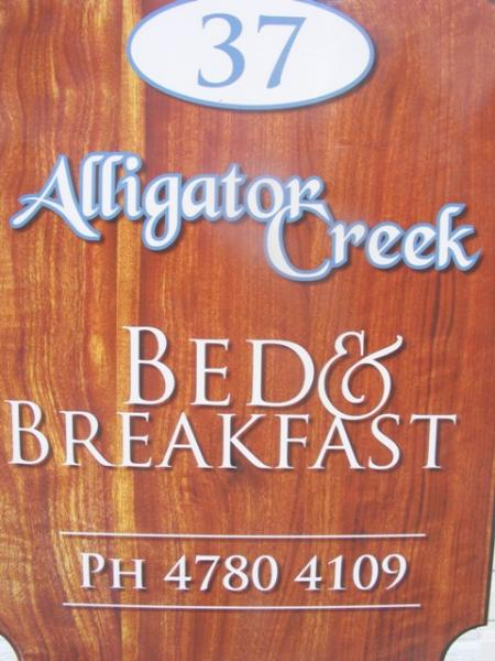 Alligator Creek Bed and Breakfast Logo and Images