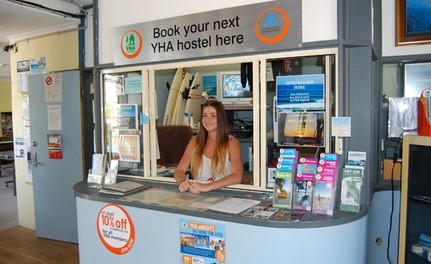 Coolangatta YHA Backpackers Hostel Logo and Images