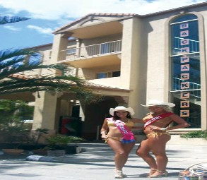 Gold Coast International Backpackers Resort Image
