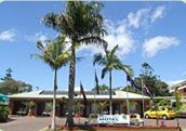 Beachmere Palms Motel Logo and Images