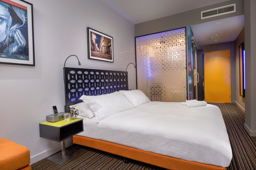 TRYP Brisbane Logo and Images