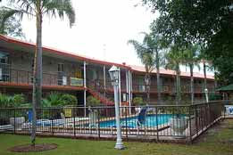 Coomera Motor Inn Logo and Images