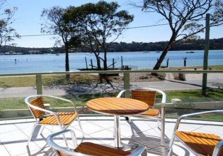 Merimbula Lake Apartments Logo and Images