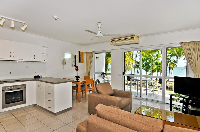 Agincourt Beachfront Apartments Logo and Images