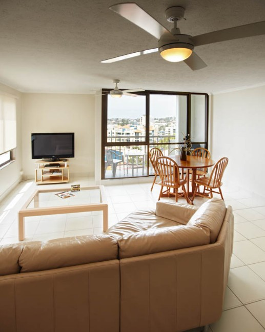 Langley Park Holiday Apartments Logo and Images