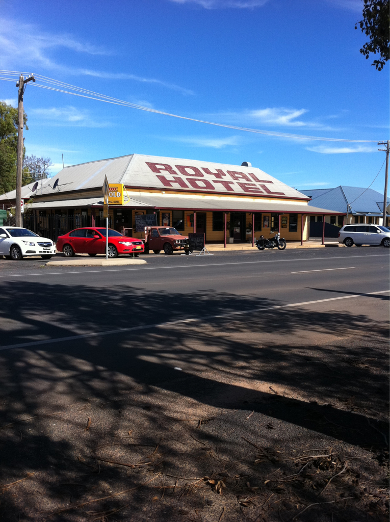 Royal Hotel Narromine Logo and Images