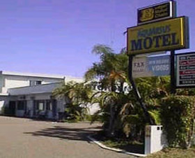 Aquarius Motel Belmont Logo and Images