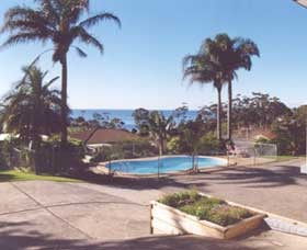 Ocean View Motel Mollymook Logo and Images