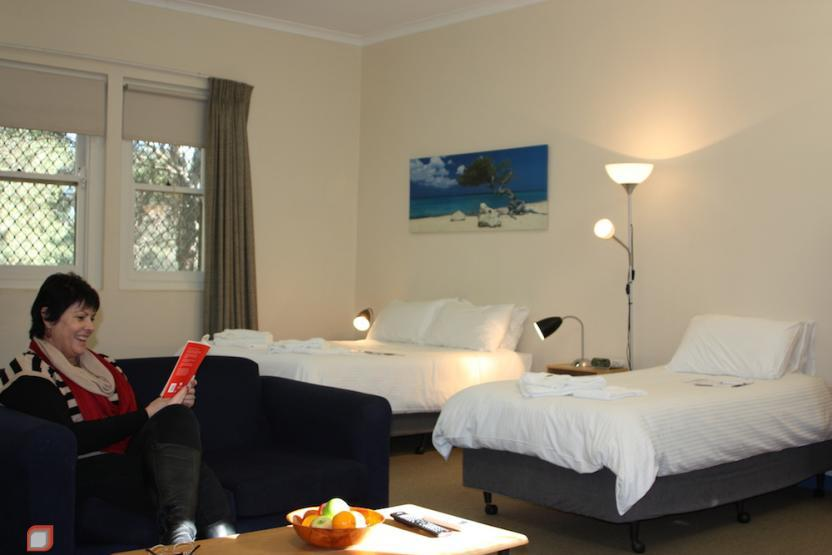 North Parramatta Accommodation Logo and Images