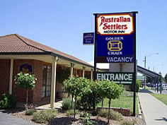 Australian Settlers Motor Inn Logo and Images