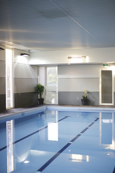 Best Western Plus Brooklands of Mornington Logo and Images