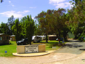 Wellington Caravan Park Logo and Images