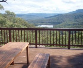 Kangaroo Valley Bush Retreat Logo and Images