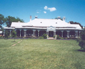Coombing Park Homestead Logo and Images