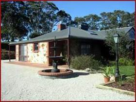 Hahndorf Creek Bed And Breakfast Logo and Images