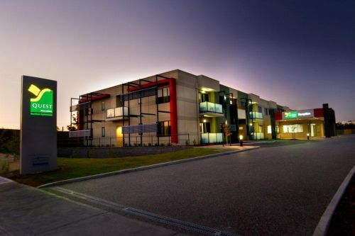 Quest Moorabbin Logo and Images