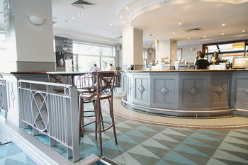 Coogee Bay Hotel - Boutique Logo and Images