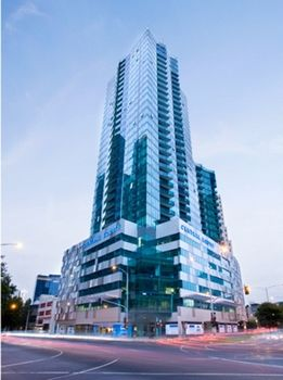 Melbourne Short Stay Apartment at SouthbankOne Logo and Images