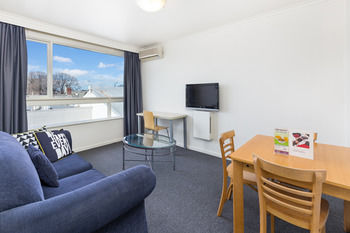City Edge Serviced Apartments East Melbourne Logo and Images