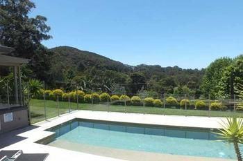 Terrigal Hinterland Bed and Breakfast Logo and Images