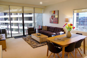 Accent Accommodation at Docklands Melbourne Logo and Images