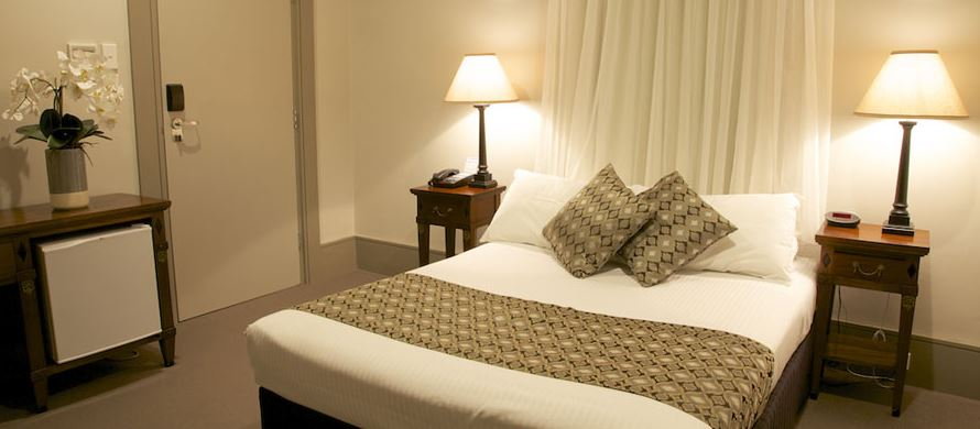Hotel Bondi Image