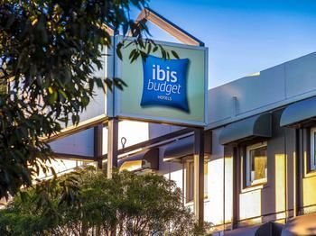 Ibis Budget St Peters Logo and Images