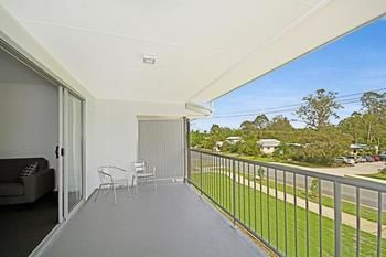 Cooroy Luxury Motel Apartments Noosa Logo and Images