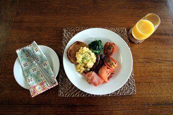 Phoenix Eumundi Bed & Breakfast