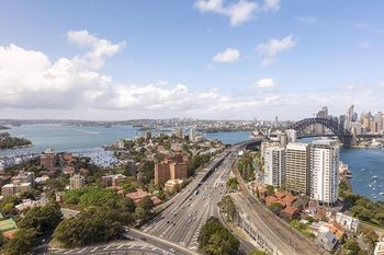 Meriton Serviced Apartments North Sydney Logo and Images