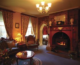 Oatlands Lodge Colonial Accommodation Image