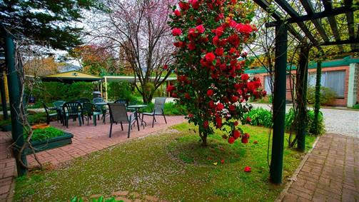 Carawatha Gardens Image