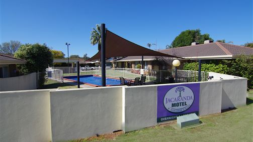 Jacaranda Motel & Holiday Units Logo and Images