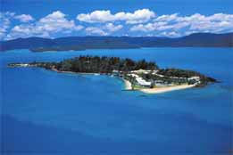 Daydream Island Resort & Spa Logo and Images